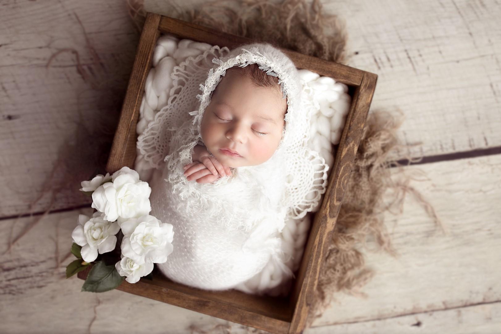 sweet baby girl | edmonton newborn photographer
